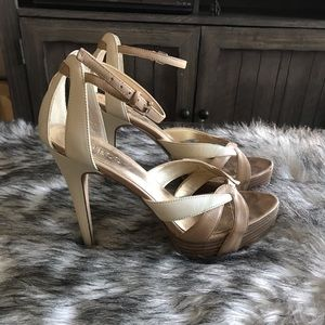 Guess Heels 👠